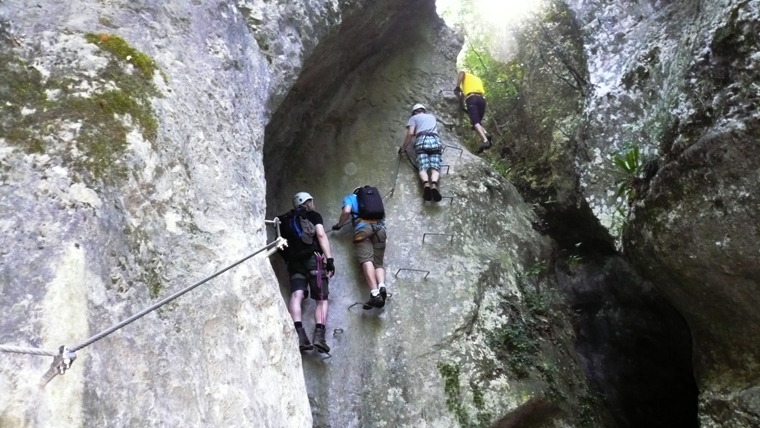 Klettersteig Burg : Klettersteig ferrata via rio sallagoni